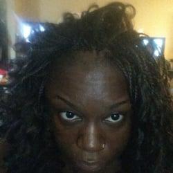 Diouma s senegales hair braiding salon hair salons for 77 salon oakland