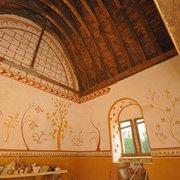 La chambre du logis ornée de peintures…