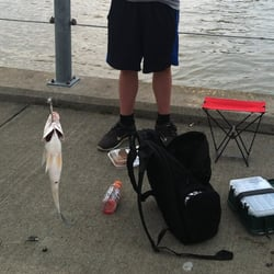 Genesee river fishing access site boating rochester for Plenty of fish rochester ny