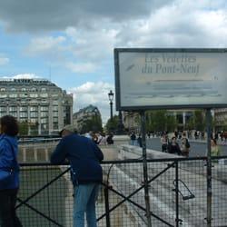 Les Vedettes du Pont-Neuf, Paris