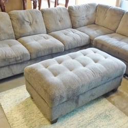 Hope furnishings 26 photos thrift stores 117 for Bedroom furniture 98409