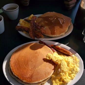 Continental Pancake House & Family Restaurant - 11 Photos ...