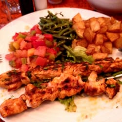 Grilled Chicken Skewers with potatoes and vegetables