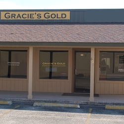 Gracie's Gold logo