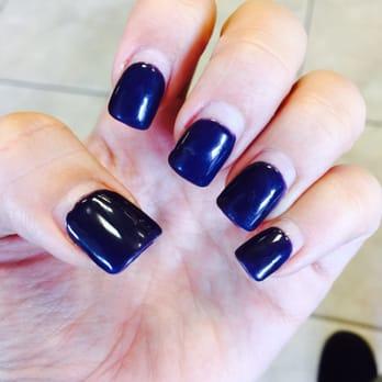 How do salons do acrylic nails