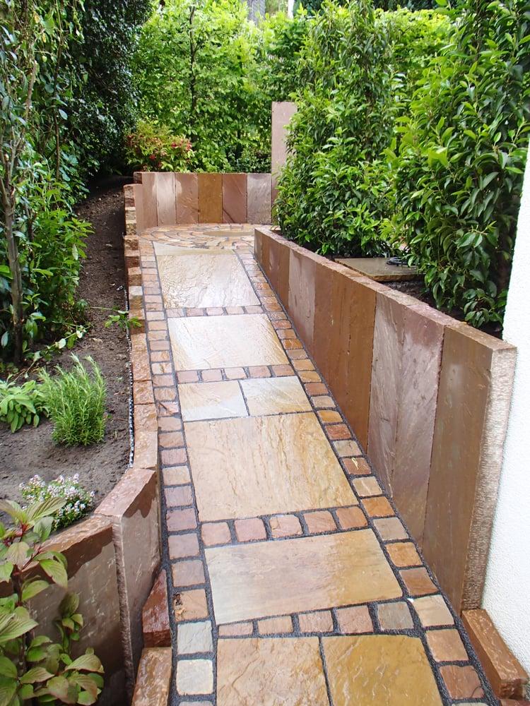 Weg aus toskana quarzit mit hartsandstein pflaster yelp for Landschafts und gartenbau