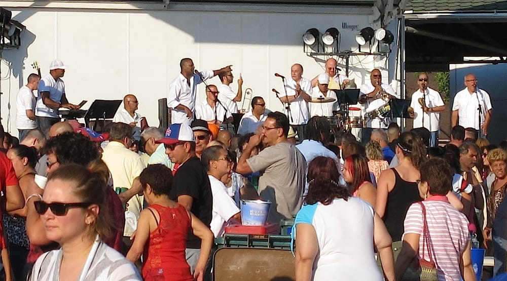 Jul, 2014 - The annual Bands on the Bricks concert series began ...