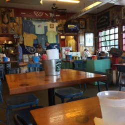 Martin s bar b que joint 75 photos barbeque for Dining in nolensville tn