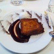 Brasserie Léon de Lyon - Lyon, France. Brioche au chocolat façon pain perdu