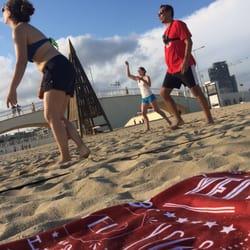 Evento Yelp: Volley Playa @ La Mar Bella - 45 Photos - Yelp Events - La Vila ...