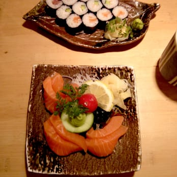 Salmon sashimi and mixed fish maki.