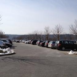 Großer Parkplatz vorhanden!