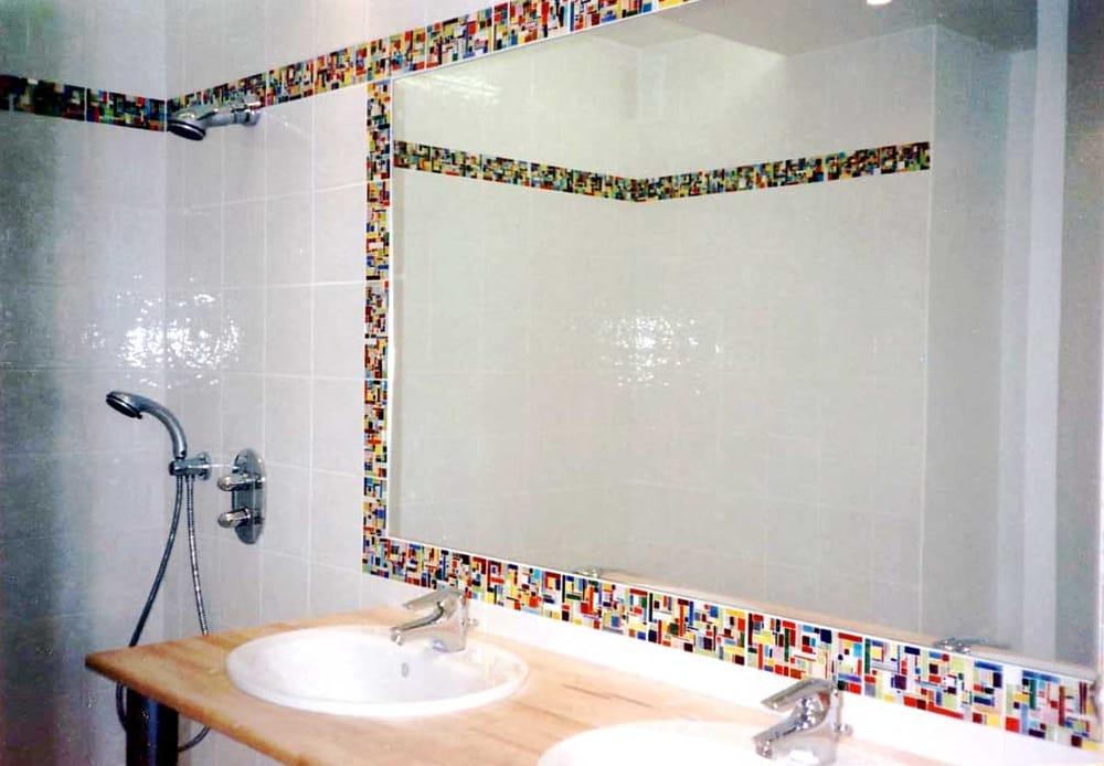 """Frise Salle De Bain Mosaique : Mosaique – Oingt, Rhône, France. Salle de bains contemporaine """"frise …"""