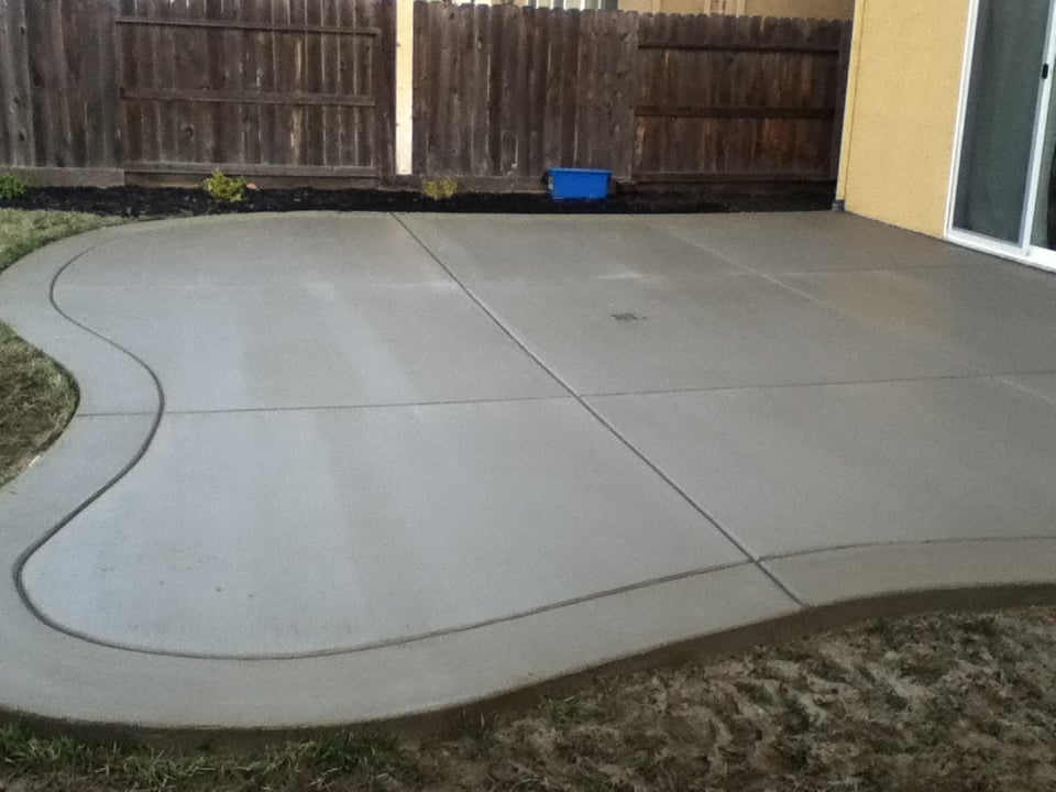 Curved Back Yard Patio Broom Finish With Border Yelp