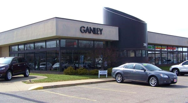 Ganley lincoln car dealers 310 broadway ave bedford for Ganley mercedes benz akron oh