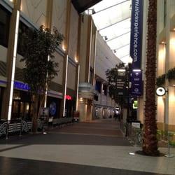 Die O2 Arena, gewaltig -:)))