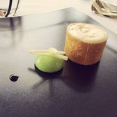 Le Saint James - Restaurant - Bouliac, Gironde, France. Plat fromage (Croustillant Montfort et pomme Grany Smith)