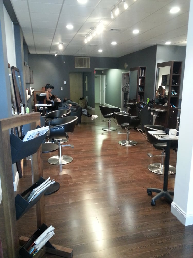 Acure eco salon hairdressers 7 s main st west for Acure eco salon prices