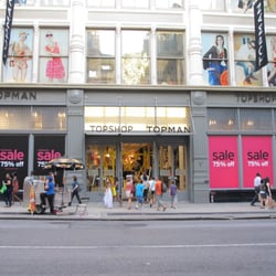Topshop - Front of store (July '11) - New York, NY, Vereinigte Staaten