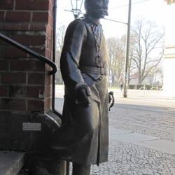 Statue des Schusters Wilhelm Voigt, des…