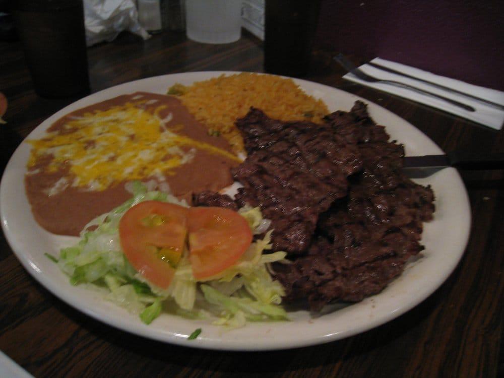 Carnes Carne Asada Plate