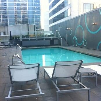 Hyatt regency vancouver 313 photos 167 reviews for Pool area flooring