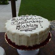 Model Bakery - Red Velvet Cake from Model Bakery - Saint Helena, CA, Vereinigte Staaten