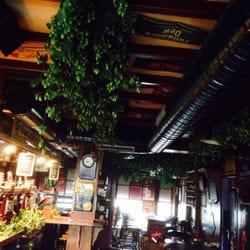 Bommel Bar - Dunkerque, Nord, France. Le bar