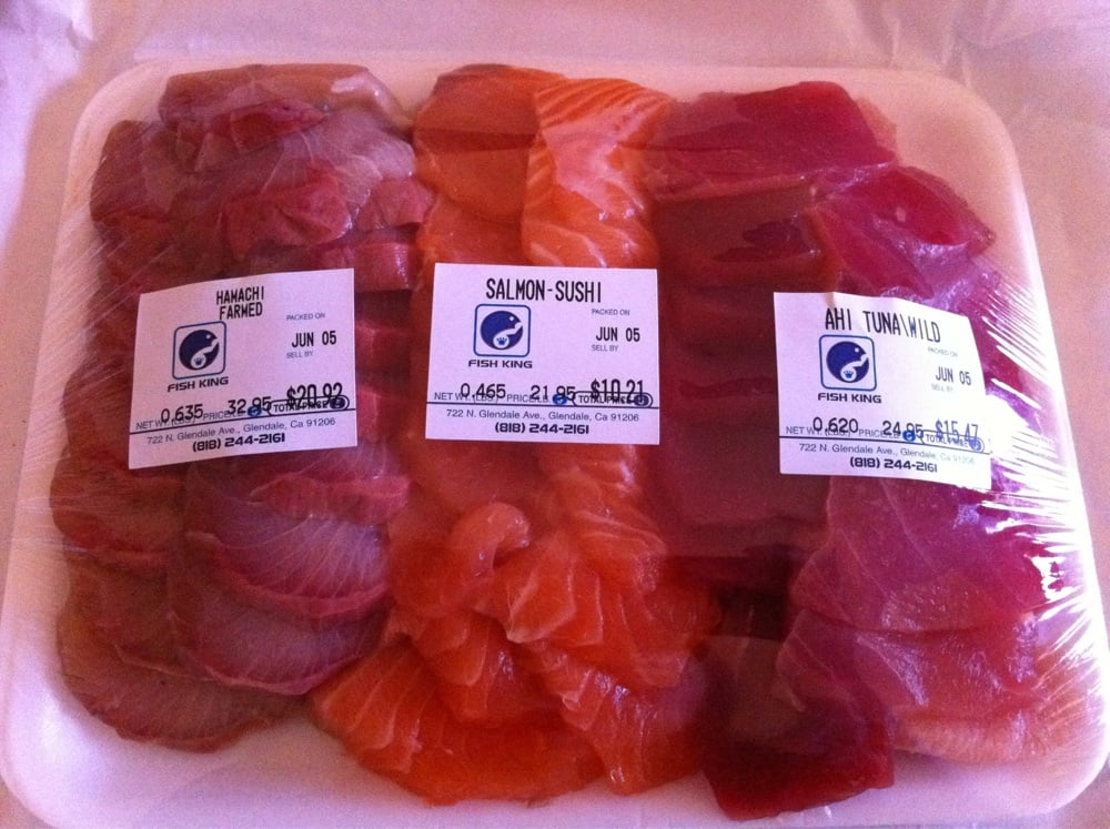Assorted sushi grade fish hamachi salmon and ahi tuna for Sushi grade fish