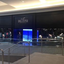 Hollister Co. - Men's Clothing - SoMa - San Francisco, CA