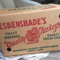 Wolff's Applehouse - Media, PA, États-Unis. Fresh Turkeys every Thanksgiving. Excellently packaged.