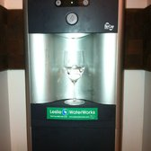 Elite Italiano Adventure @ The International Culinary Center - Ha. Water dispenser at the event - New York, NY, Vereinigte Staaten