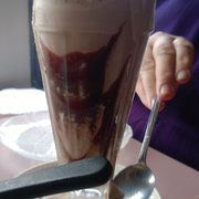 Mount Rainier Railroad Dining Co - Chocolate Shake - Good, but nothing to write home about. - Elbe, WA, Vereinigte Staaten