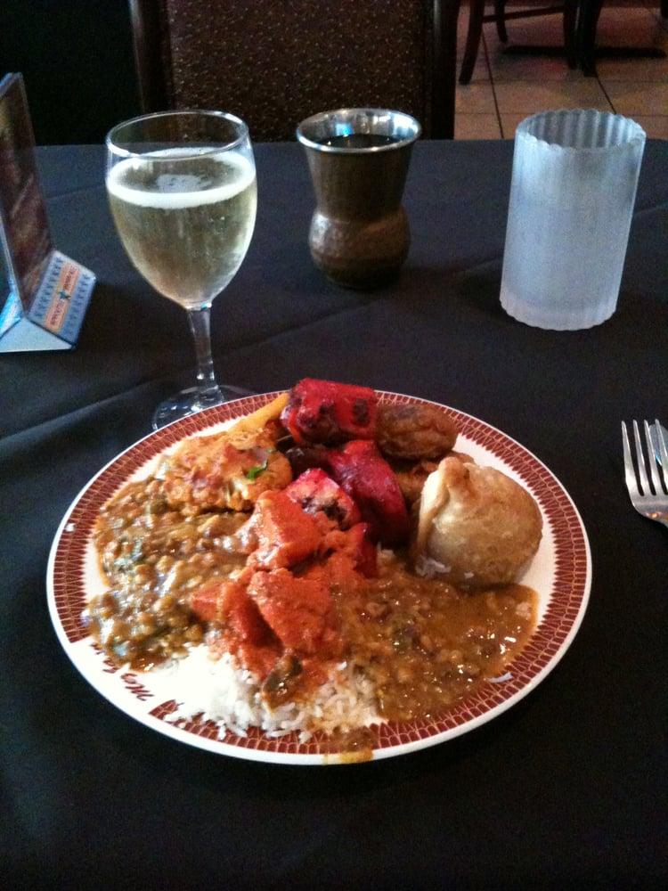 Mezbaan indian cuisine closed 20 photos indian for Akbar cuisine of india pasadena ca