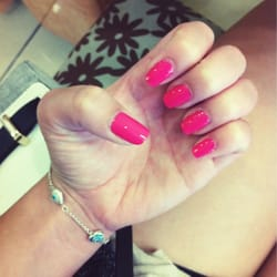 Perfect Salon - Strawberry margarita by O.P.I I love this color! - Mountain View, CA, Vereinigte Staaten