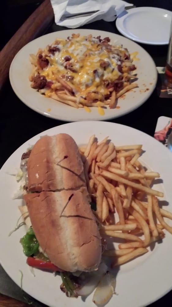 Grunions Sports Bar & Grill