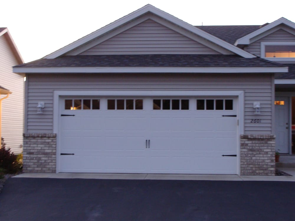 Elite garage door garage door services minneapolis mn for Garage doors blaine mn