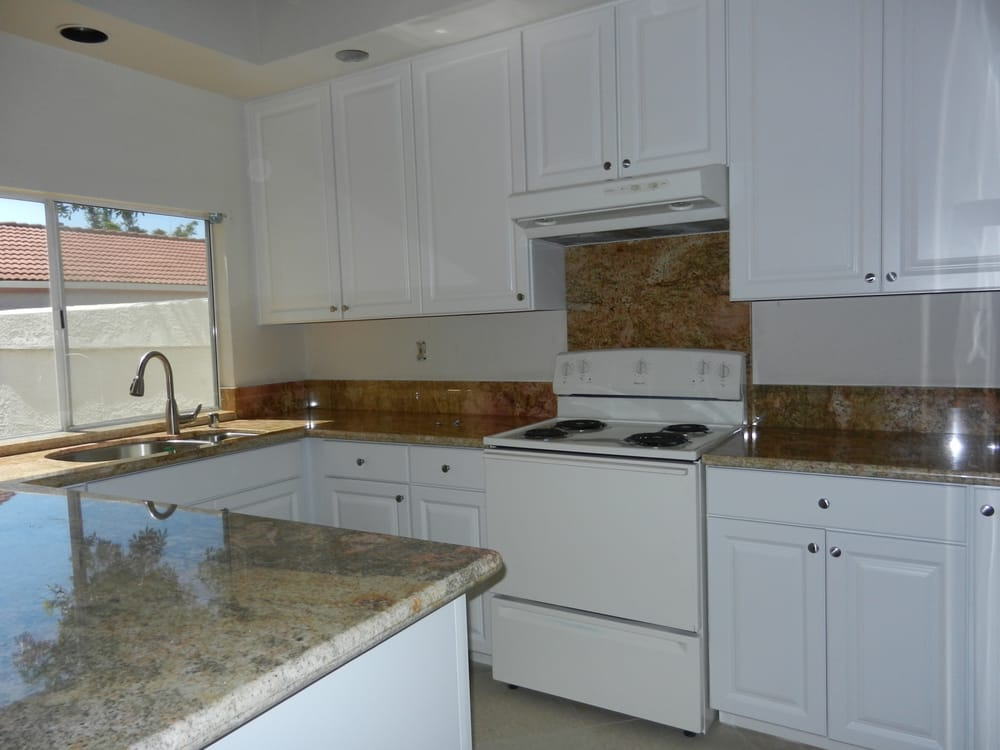 Prefabricated Granite Countertop From Rainbow Stone Just Finished Remodeling The Kitchen Yelp