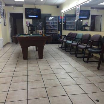 Cesar s barber shop nail salon 24 photos 11 reviews for 24 nail salon las vegas
