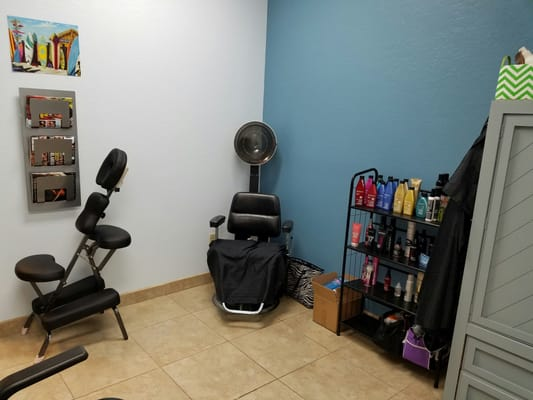 Lori karl hair stylists 5930 w greenway rd glendale for A salon on 51st ave