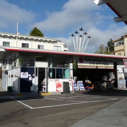 Piedmont Auto Care - Oakland, CA, États-Unis. We Salute the Blue Angles this Fleet Week Weekend 10/6 and 10/7/2012.