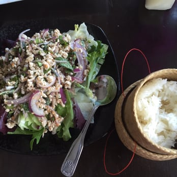 Lim s fine thai and sushi restaurant 125 photos 174 for Aroi fine thai japanese cuisine