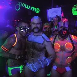 naked men for gay men