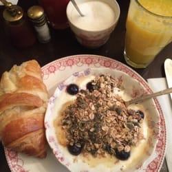 Yahourt avoine et croissant