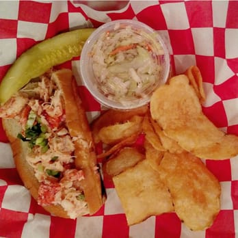 Lobster roll edgewater nj lobster house for Mitchell s fish market edgewater