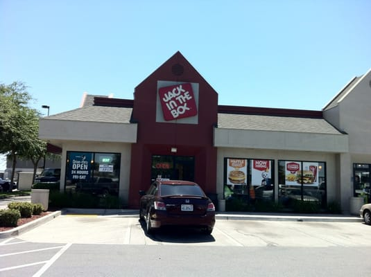 Jack in the Box Fresno CA locations, hours, phone number, map and driving directions.