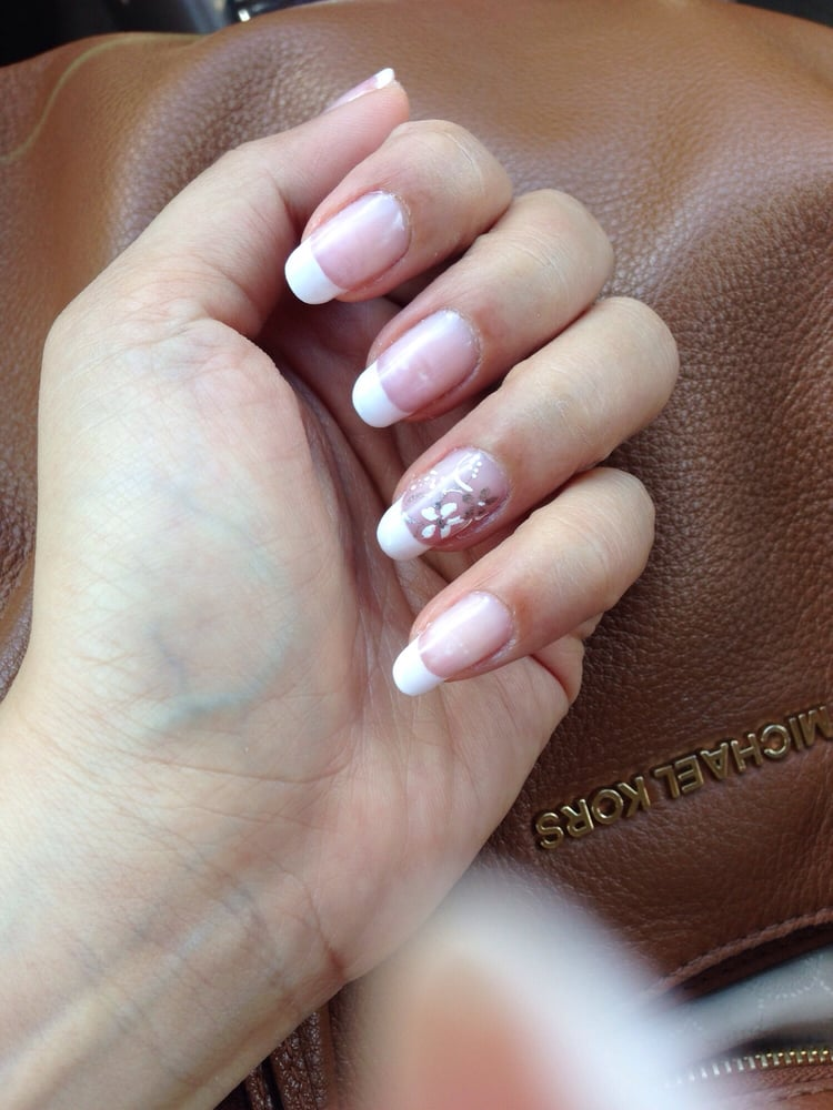 Spa - Middlesex, NJ, United States. Gel French manicure with design