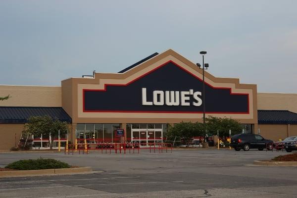 Lowe S Home Improvement Yelp