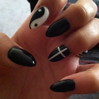 Almond Nails Design Black Lily did my nails and i