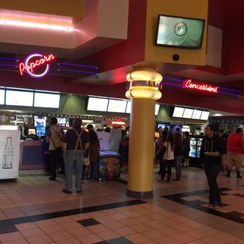 Regal Cinemas Garden Grove 16 82 Photos Movie Theater Garden Grove Ca United States